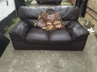 """Brown leather sofa """"""""free delivery""""""""£65"""