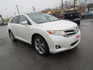 2015 Toyota Venza   AWD, LEATHER, ROOF, NAVI.!