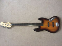 Vintage Modified Fretless Jazz Bass Guitar - Squire Fender