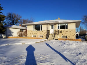 Beautiful bungalow for rent on North Hill Dr in Swift Current