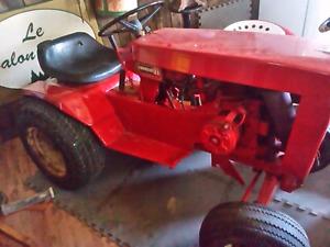 Antique 1968 wheelhorse commando 8 garden tractor.