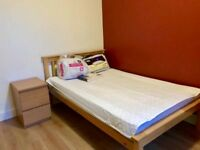 Short term let lovely double room all bills included