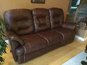 Elran Soft Brown Leather Reclining Couch and Chair - Premium West Island Greater Montréal image 2