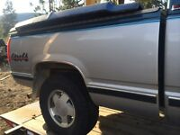 Good shape box and tailgate for 90s chev