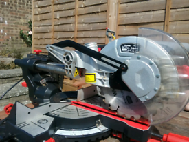 Wickes Sliding Compound Mitre Saw with lazer guide