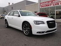Chrysler 300 300S MAGS CUIR UCONNECT 2015
