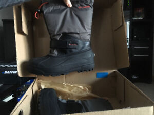 Columbia boots size 5 youth