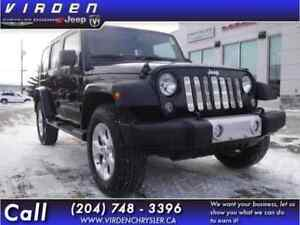 2014 Jeep Wrangler Unlimited Unlimited Sahara **LEATHER SEATS!!