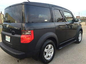 2003 Honda Element 4cyl automatic AWD...only 138k