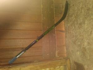 Petit baton de hockey