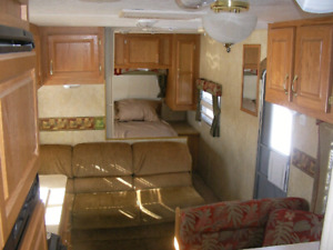 2006 Jayco 27' Camping Trailer