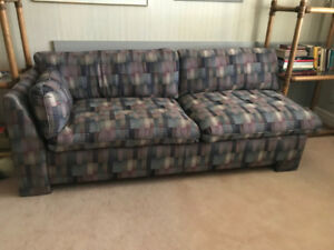 SECTIONAL SOFA - QUEEN SIZE HIDE-A-BED