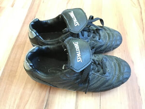 Spalding Soccer Shoes