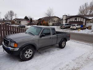 2004 Ford Ranger 4X4 XLT FX4 Pickup Truck