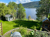Lakefront home on Williams Lake FOR SALE BY OWNER