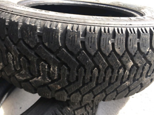 2 winter tires (205/60 r16)