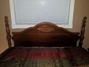 Queen head board and foot board. Bed rails. $250 OBO