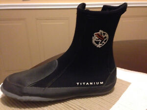 Water sport boots