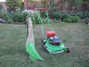 Professional gas Lawnmower with bag