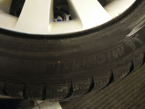BMW WINTER PACKAGE TIRES AND HUBCAPS Kitchener / Waterloo Kitchener Area image 3