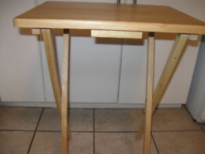Small folding pine table.