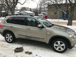 BMW X5 AWD SUV LOADED (((FINANCING AVAILABLE))