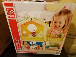 Brand new Hape Happy Villa Kid's Wooden Doll House Set with Acce