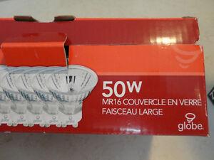31Pc.Lot of 50w Halogen MR16/GU10 Bulbs/6pcs 50W &35W Spot Bulbs Kitchener / Waterloo Kitchener Area image 3