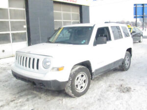 2011 Jeep Patriot SUV, Crossover 67000 KM ,Safety
