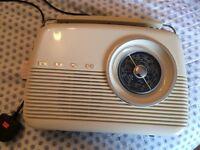 Bush Vintage Style FM Radio