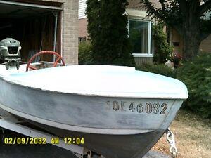 14' Boat and 25hp Johnson Motor
