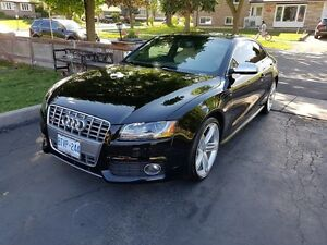 2011 Audi S5 Coupe (2 door)