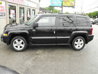 2010 PATRIOT NORTH 4X4  LOADED  SUNROOF  4X4  FULLY SAFETIED !!