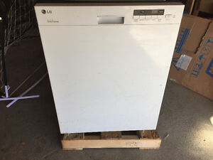 LG Super Quiet Dishwasher/ Half Price include 5 year warranty!