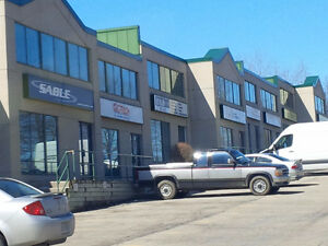 Great Office/Showroom space with Expressway Exposure