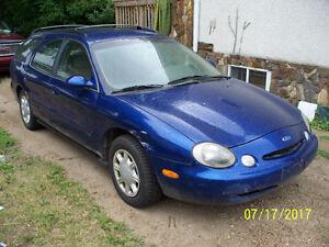 1996 Ford Taurus GL Wagon