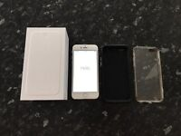 Apple iPhone 6. 16gb. Silver. Works perfectly.