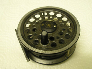 """VINTAGE J W YOUNG & SONS 1530 FLY REEL 3"""" AND 1""""W SPOOL USED"""