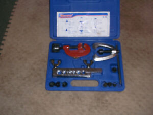 westward flaring tool kit # 495 like new with tube cutter
