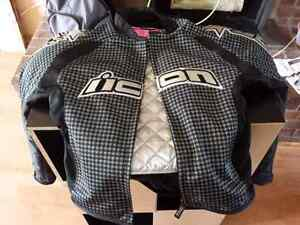 Female motorcycle jacket.. Used twice