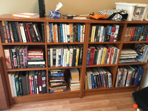 Beautiful cherry brown bookcase with adjustable shelf heights