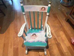 Chaise berçante pour enfant peinte à la main/Kid rocking chair