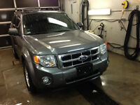 """THIS WON'T LAST!"" 2010 Ford Escape SUV, Crossover V6 4WD"