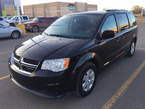 2011 Dodge Grand Caravan SXT Minivan, Van With Extras