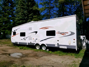 2007 crossfire zinger 30ft toy hauler trade for camper