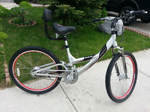 One of a kind Cadillac Luxury Sport Bicycle