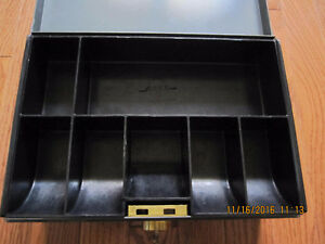 Old SteelMaster Cash box Sarnia Sarnia Area image 3