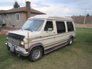1990 Ford E-150 Camper Van
