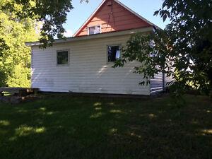 Log house. Built in 1890. Cornwall Ontario image 8