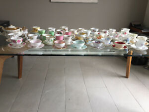 Tasses & Soucoupes ** Fine China ** Teacups and Saucers